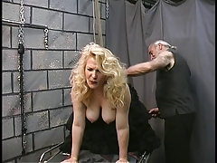 Grown-up BDSM BBW in..