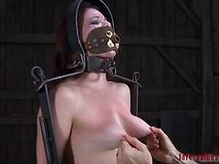 Nude plus gagged babe..