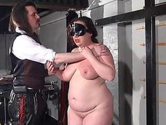 Bbw whipping of Nimue in..