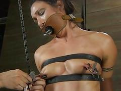Demeaning a chained stunner