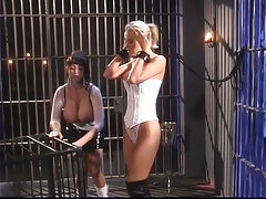 Dominatrix punishes..
