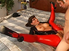Carrie Anne - Latex MILF